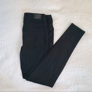 American Eagle black super stretch jeggings